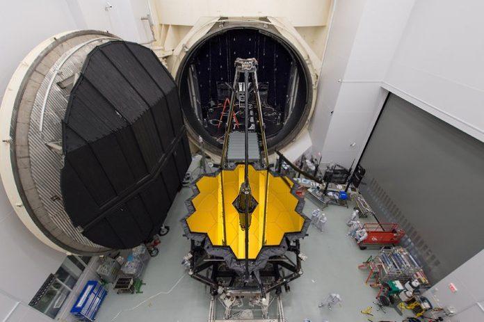 Assemblaggio e test del JWST al Johnson Space Center della NASA
