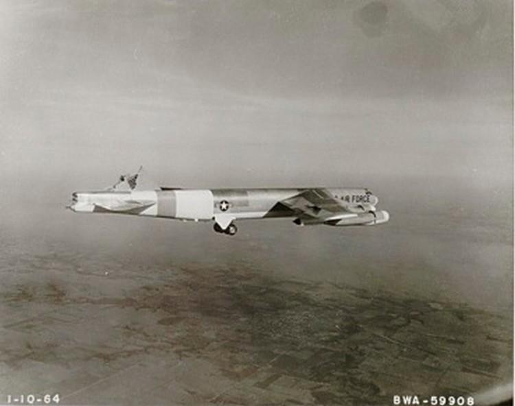 tailless B-52